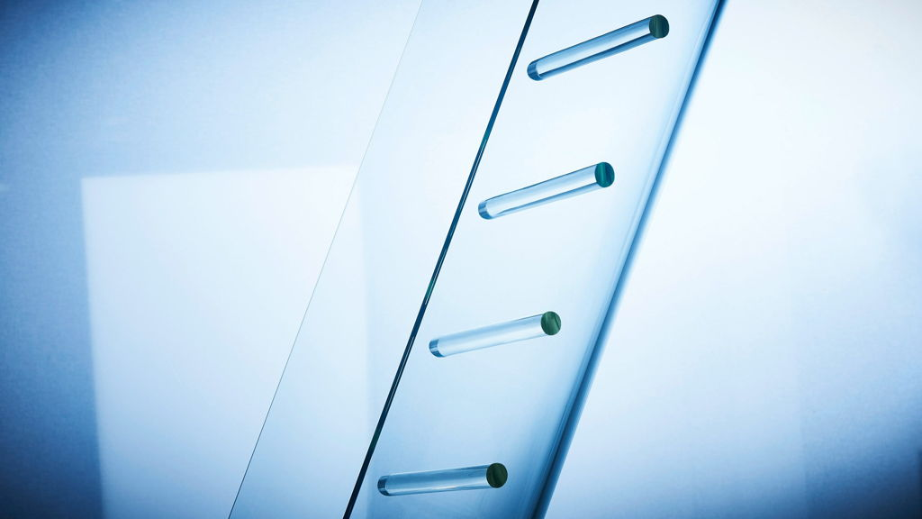 Cricursa Glass Slide